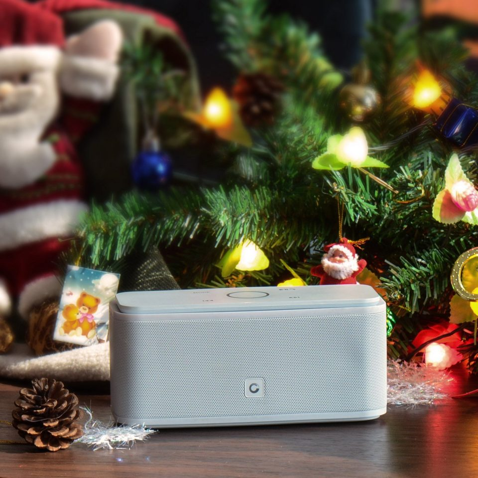 La mini enceinte Bluetooth DOSS SoundBox